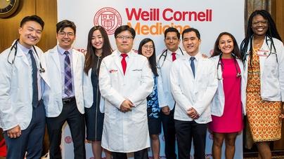 Weill Cornell Medicine Class of 2023 White Coat Ceremony Highlights -  CornellCast