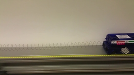 Miniatyrbild för inlägg Oscillerande vagn utan tyngder