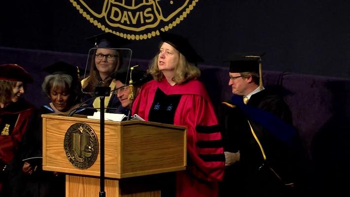 2019 Letters & Science AM Student Speaker - Michelle Melton