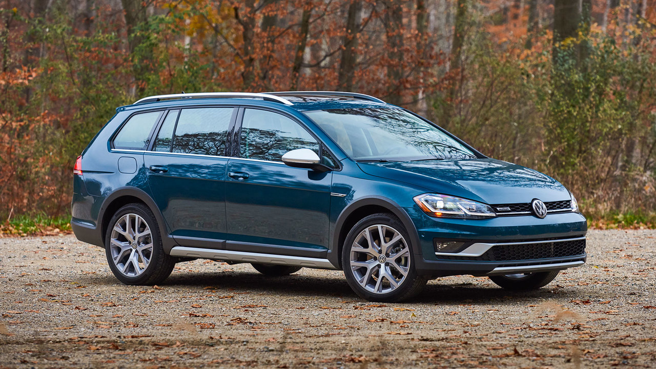 8 Reasons Why the VW Golf Alltrack Is a German Subaru