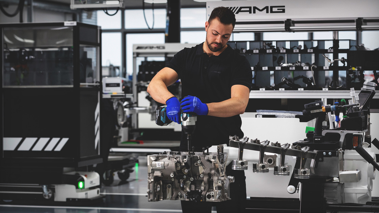 "Watch This! Mercedes-AMG's ""One Man, One Engine"" Assembly Process"