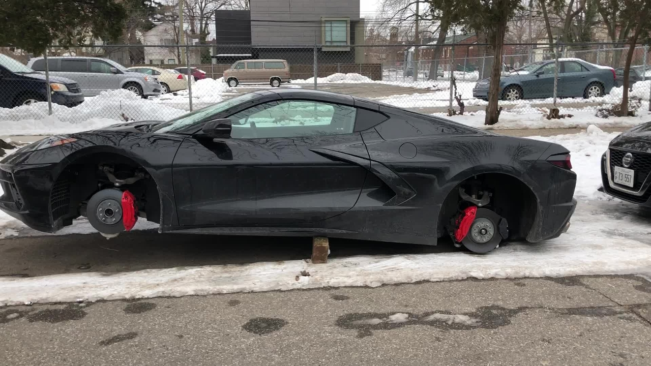 2020 C8 Chevy Corvette On Blocks - Wheels Stolen!