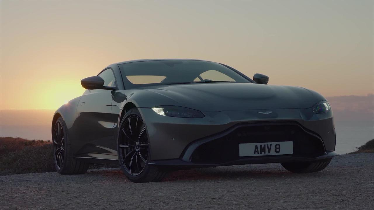 10 Reasons Why the 2019 Aston Martin Vantage is the Hot New Car