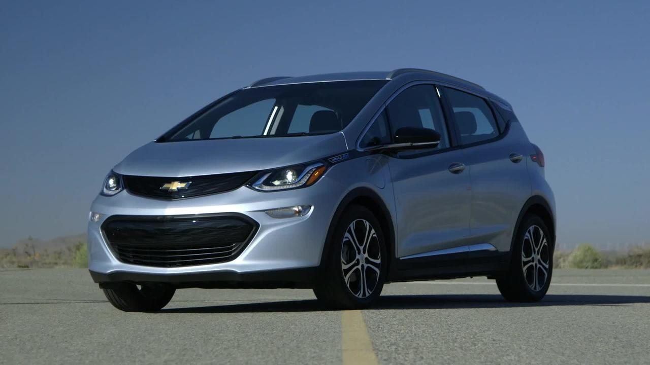 2017 Chevy Bolt meets Tesla Owners