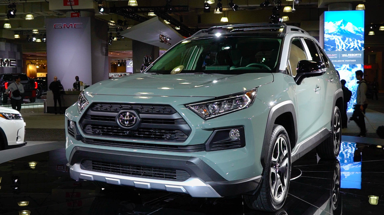 2018 Toyota Rav4 Reviews Research Rav4 Prices Specs Motortrend