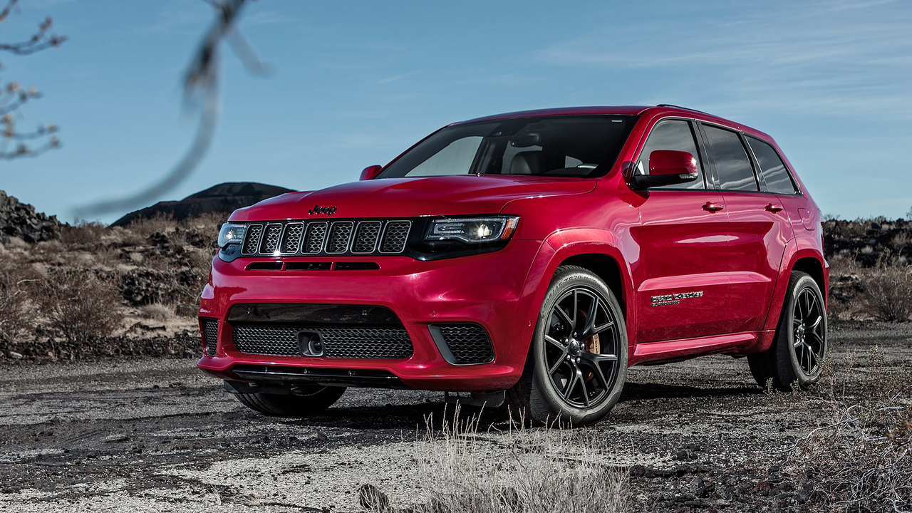 7 Reasons Why the Jeep Trackhawk Is the Ultimate Muscle SUV