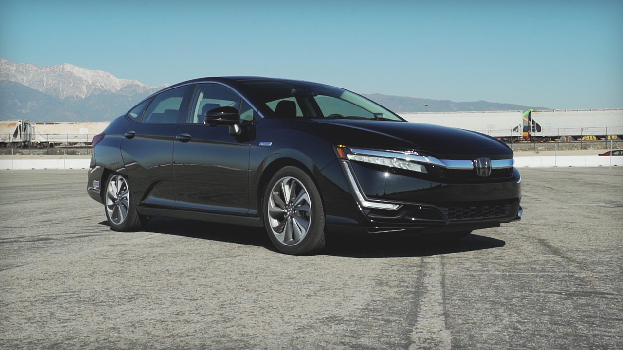 First Test: Honda Clarity PHEV
