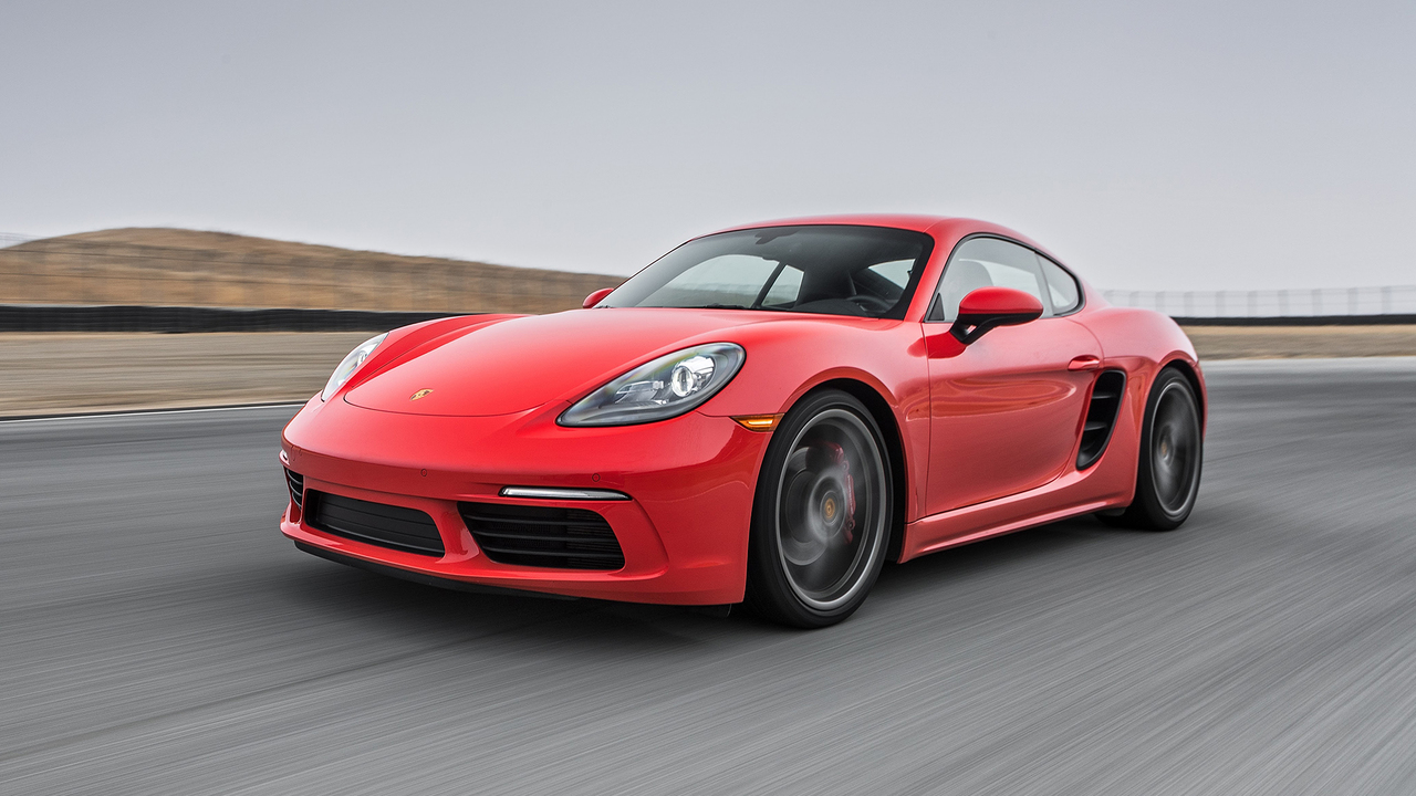 2017 Porsche 718 Cayman S Hot Lap! - 2017 Best Driver's Car Contender