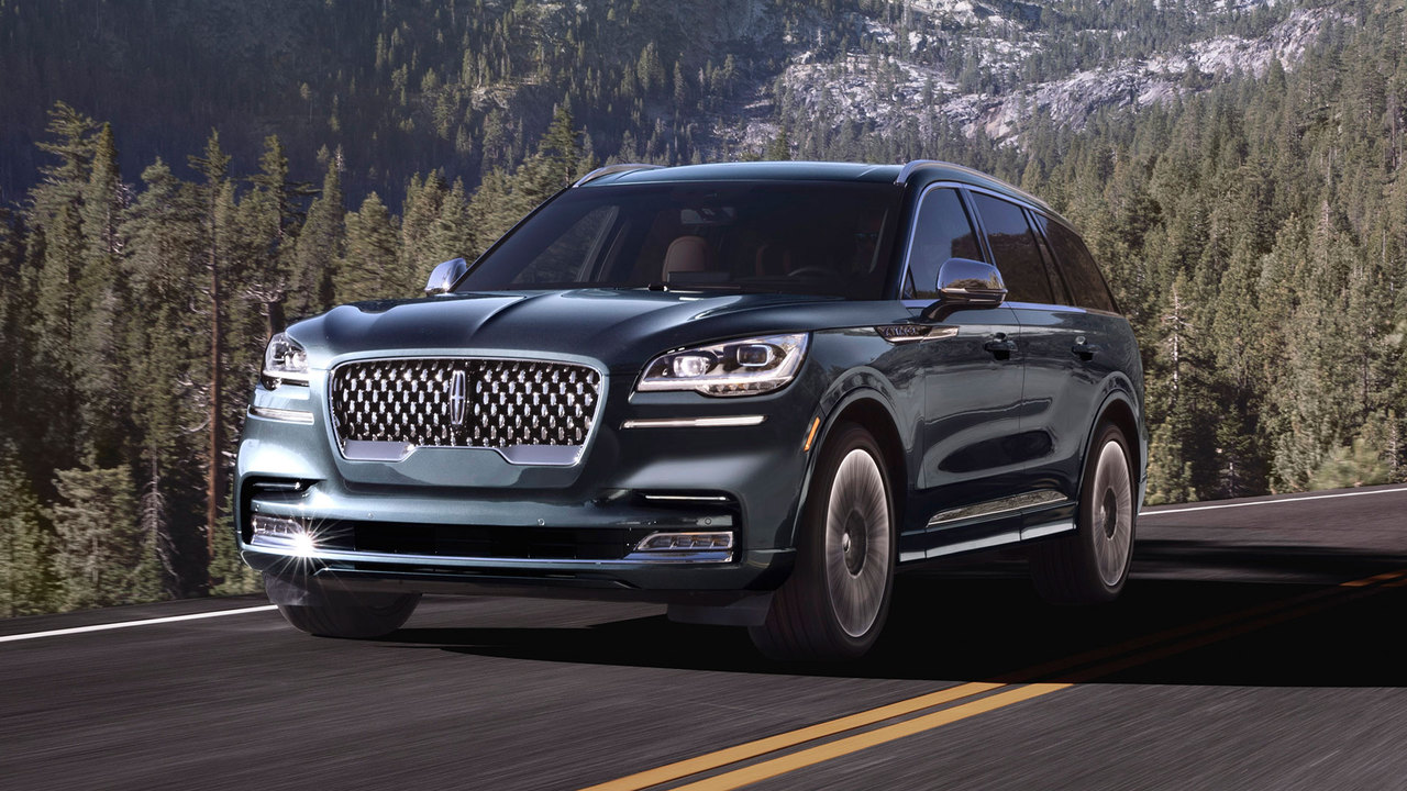 9 Reasons Why the Lincoln Aviator Is a Luxe Looker