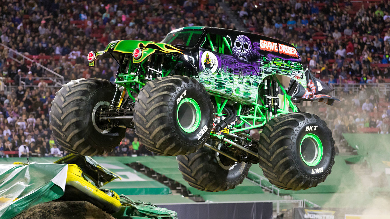 9 Reasons Why Grave Digger Is the OG Monster Truck