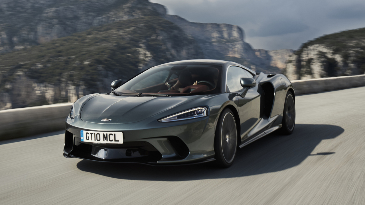 Behind the Wheel: the 2020 McLaren GT