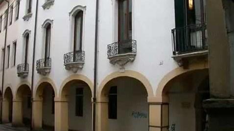 "Thumbnail for entry Biblioteca Medica ""V. Pinali""-Presentazione"