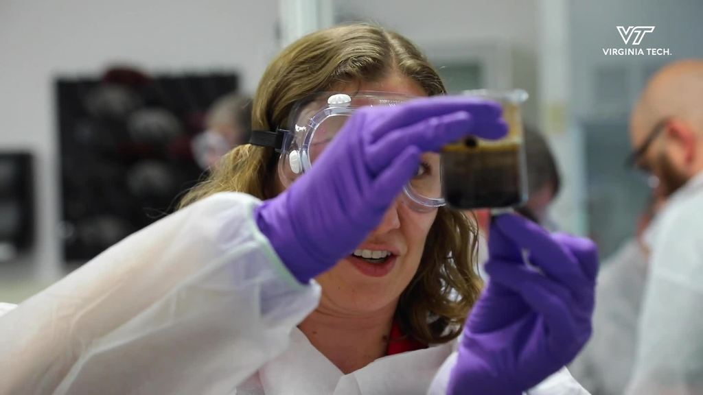 College of Science hosts high school teachers for Nanoscience camp