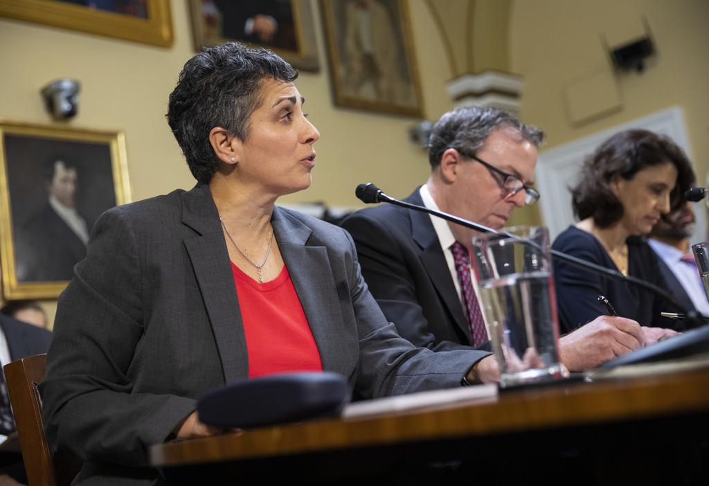 Laura Belmonte testifies on Capitol Hill