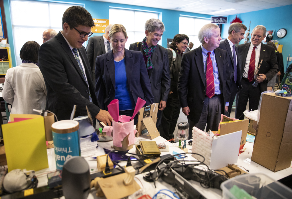 Board of Visitors tour Virginia Tech campuses in Northern Virginia
