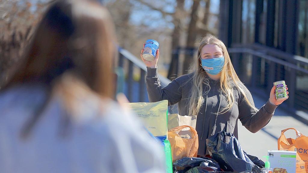 Hokies host food drive for community members in need