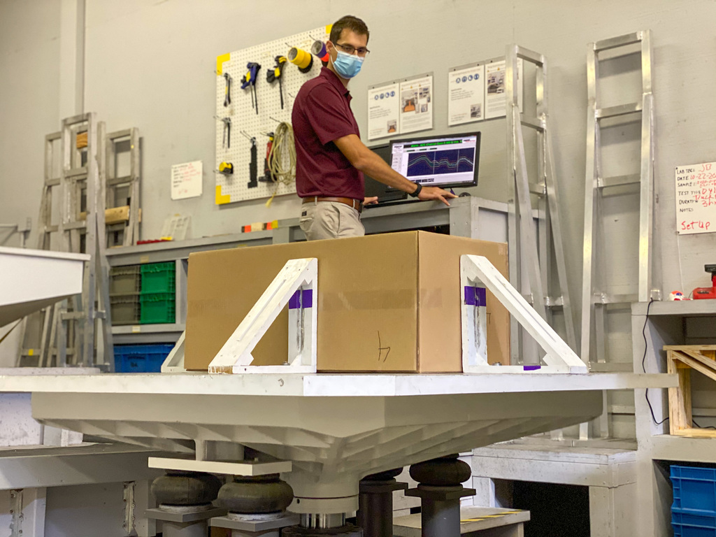 Lab measures package handling  during increased shipping amidst Covid-19