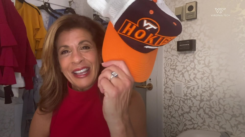 Virginia Tech alumna Hoda Kotb delivers surprise message to Class of 2020