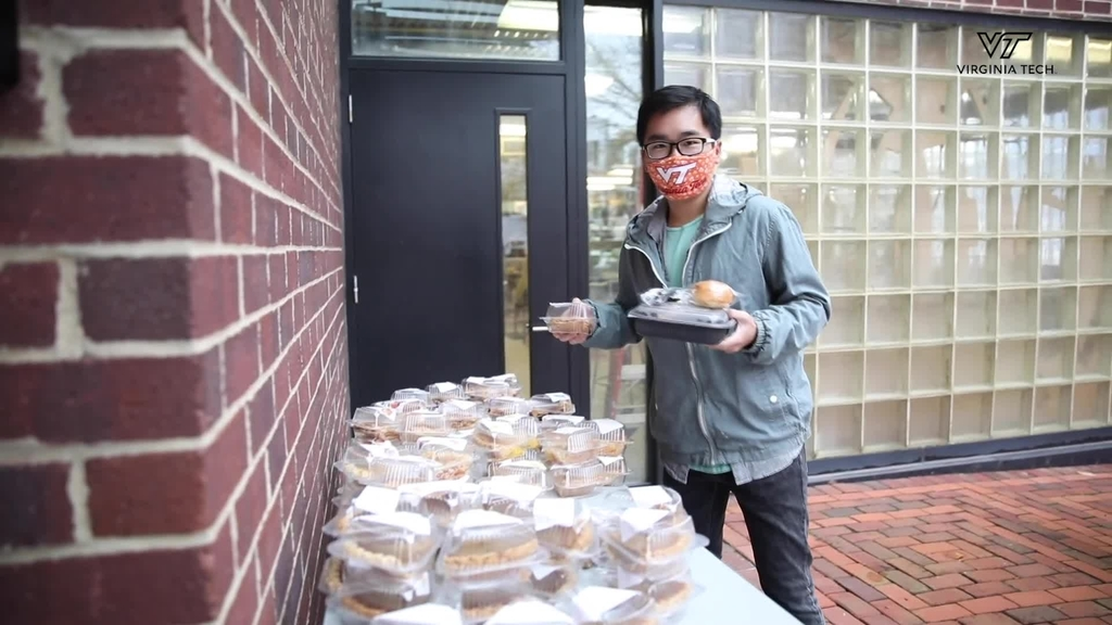 Thanksgiving meals to-go in Northern Virginia