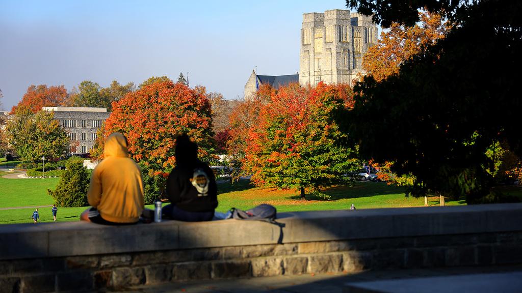 Autumn color adorns Blacksburg campus