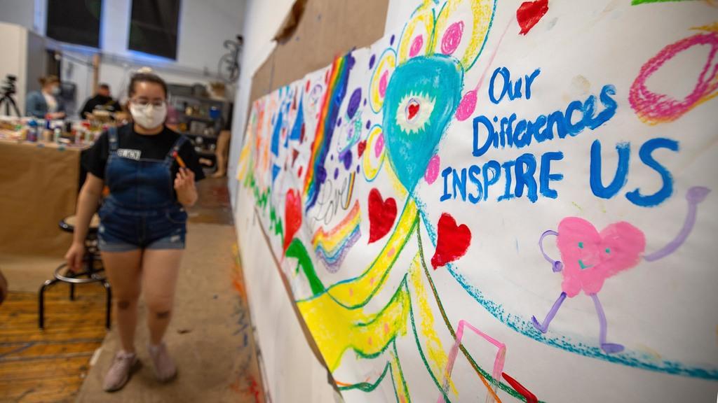 Students organize HokiePRIDE community mural event