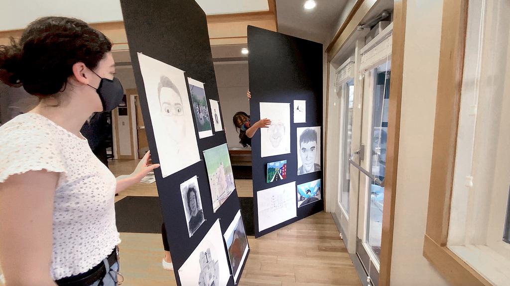 SOVA exhibition comes to Hahn Horticulture Garden