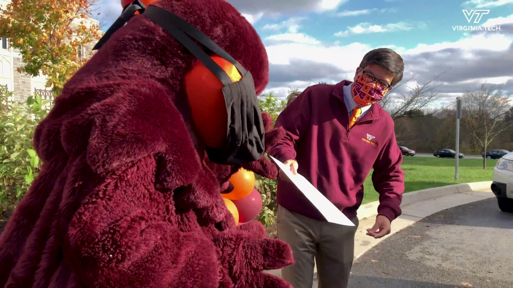 Virginia Tech welcomes new Hokies in Admissions event