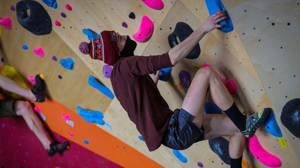 Venture Out opens new bouldering wall