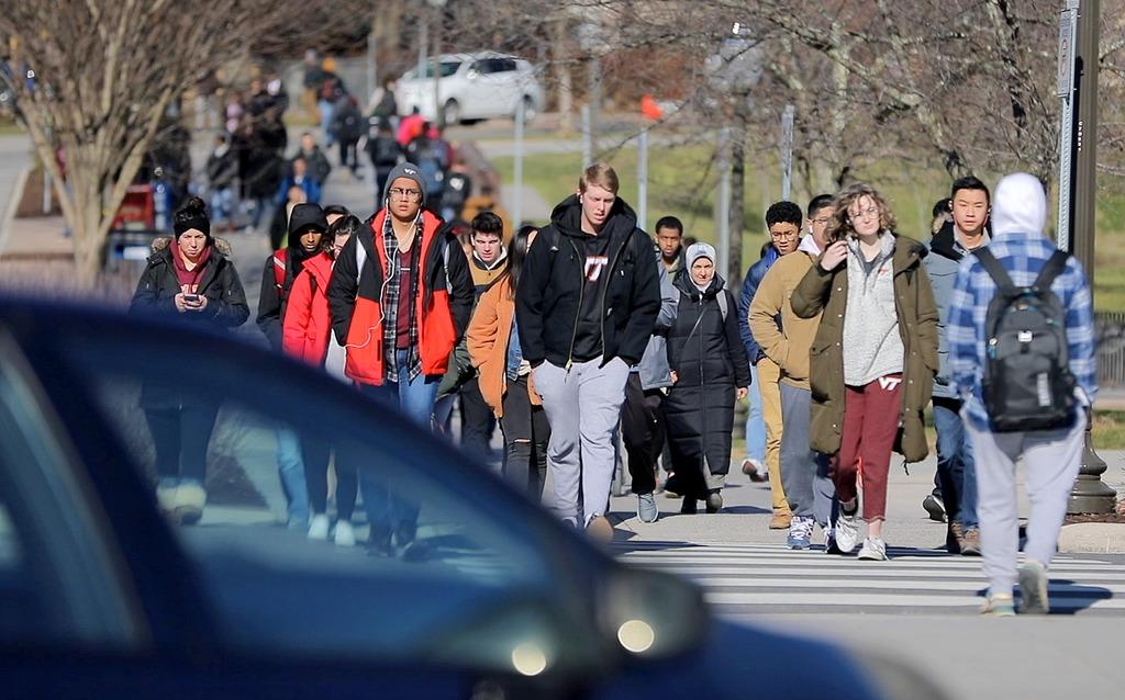 Blacksburg campus springs to life as semester begins