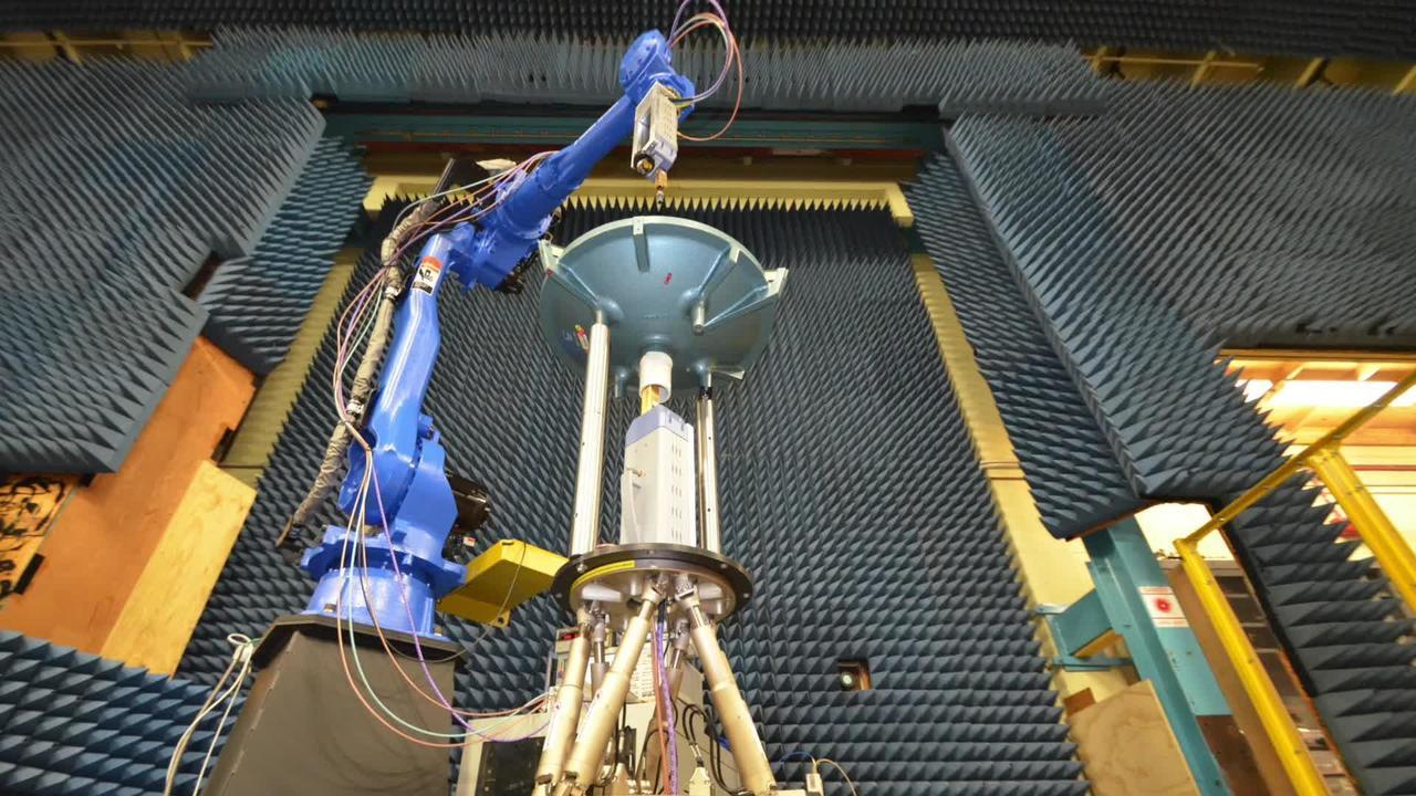 Robot Adds New Twist to NIST Antenna